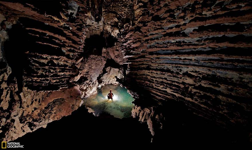 worlds-largest-cave-hang-son-doong-vietnam-11