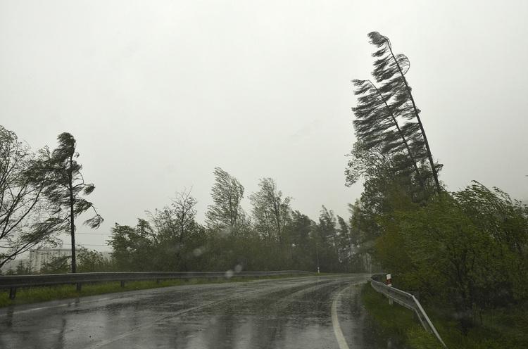 POÈASIE: Silný vietor vo Vysokých Tatrách